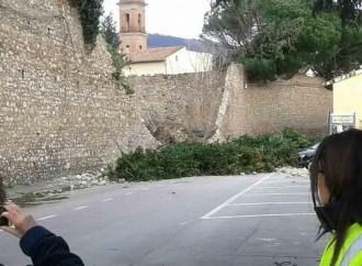 Prato, documentare i danni del vento