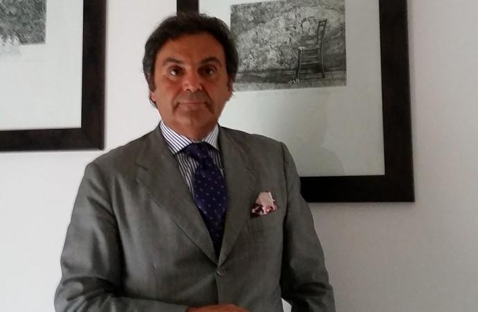 Antonio Franceschini <br> La moda a 360 gradi, da Riccione al Mozambico