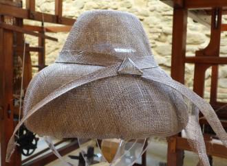 A Busto il cappello è il re degli accessori