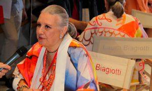 La moda piange Laura Biagiotti