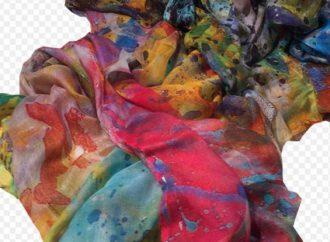 Atelier di moda: foulard a tiratura limitata da ragazzi diversamente abili