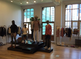 Eleventy, showroom <br> con panorama su Manhattan
