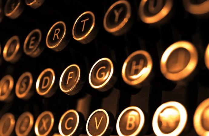 Scrittori e studenti: due concorsi, un solo tema
