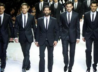 La moda maschile mantiene la linea di galleggiamento