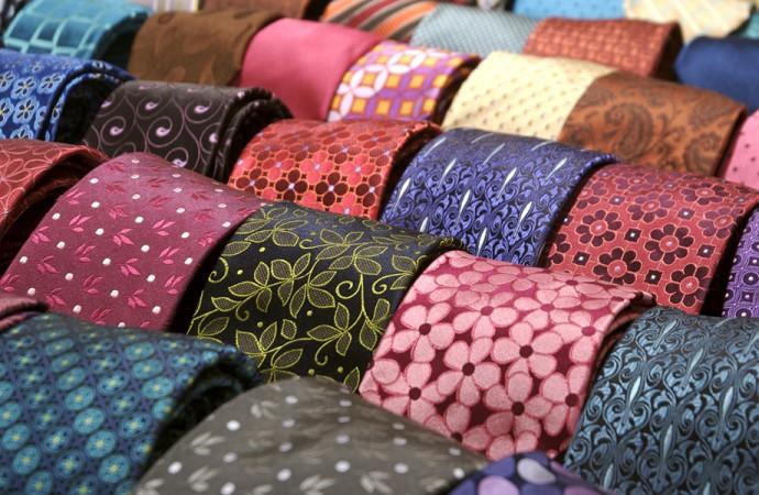 Da Como a Palermo un ponte a forma di cravatta