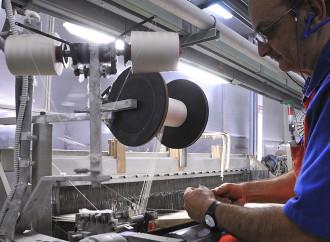 Terzo trimestre, l'industria lombarda continua a crescere. Il tessile no