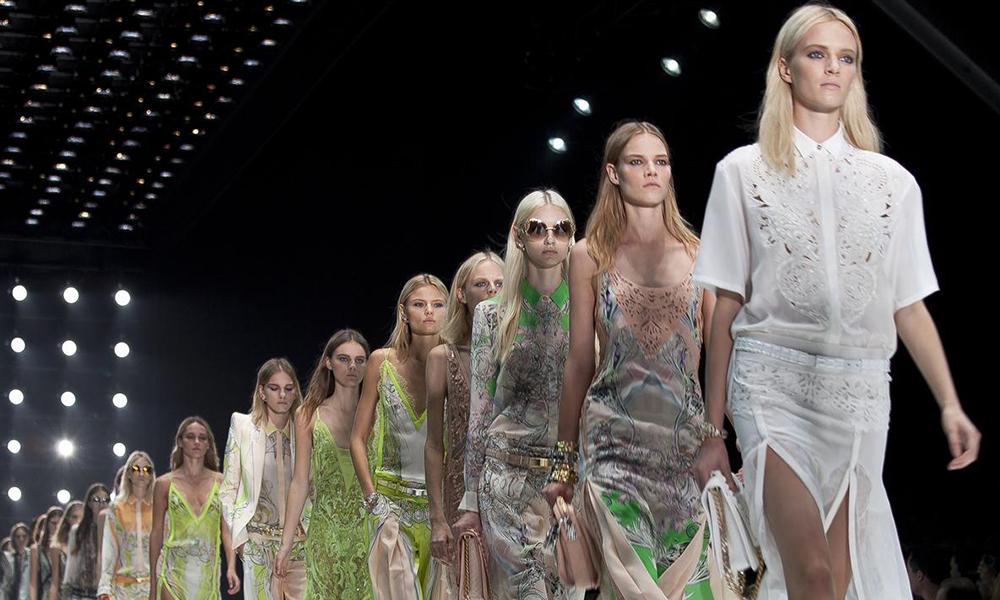 sale retailer 53aec 3c4b3 Milano si tuffa nel mondo della moda femminile - La Spola