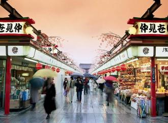 In Giappone calano le vendite nei grandi magazzini