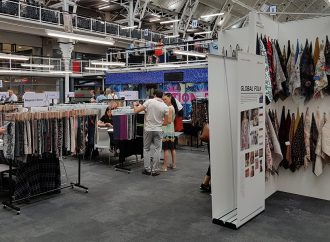 London wait for the Textile Fair