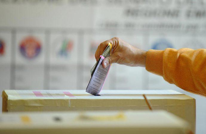 'Onorevoli' richieste. Il tessile e le elezioni di marzo – Parte 1