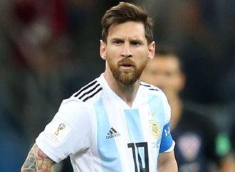 Anche Messi si dà alla moda