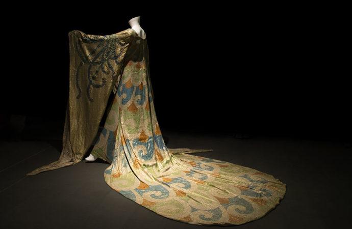 Alla ricerca di fondi per i costumi della Turandot