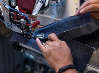 Arriva il jeans custom <br> a centimetro zero